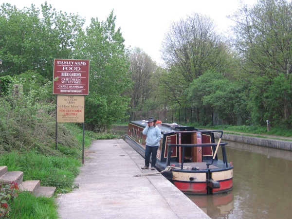 Narrowboat moored outside Stanley Arms pub