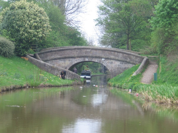 Snake bridge on Macclesfield canal