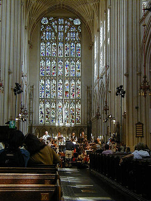 Kings Consort reheasing in Bath Abbey